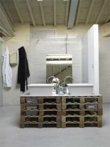 Shipping-Pallet-Loft-in-Florence-3