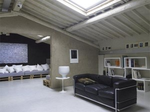 Shipping-Pallet-Loft-in-Florence-9