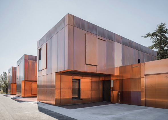 french middle school in toulouse/lcr architectes