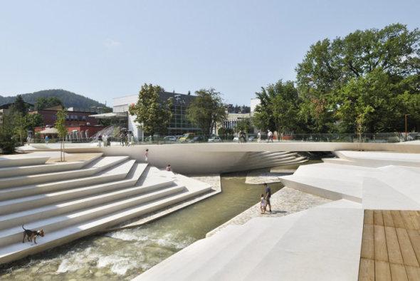 remodeling of velenje's promenada, slovenia/enota arhitekti