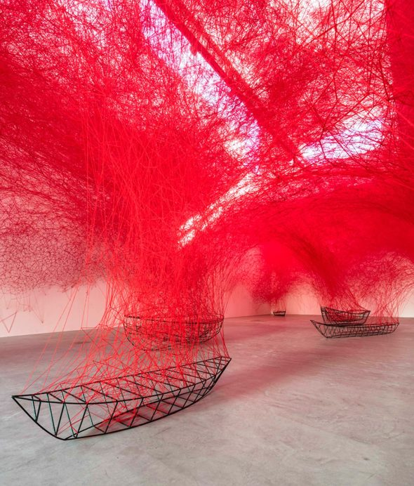 labyrinth of red yarn/chiaru shiota via